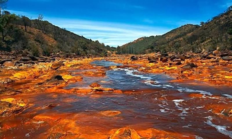Sông Rio Tinto