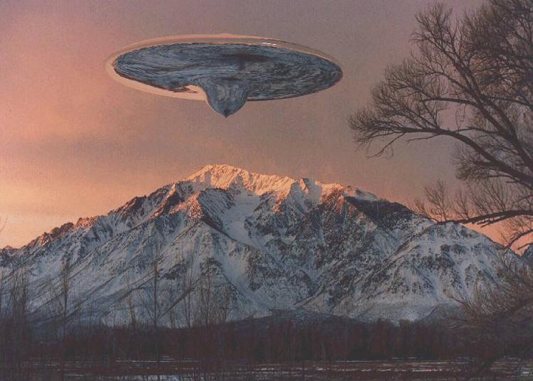 Máy bay của người ngoài hành tinh đã xuất hiện từ nhiều thập niên và các chính phủ luôn cố gắng che giấu sự thật về việc này.