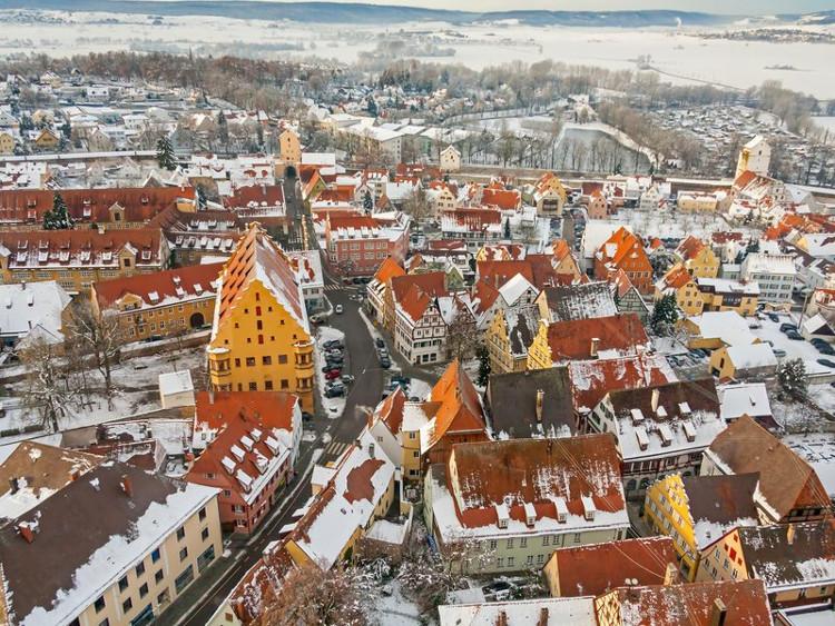 Thị trấn Nördlingen xây từ kim cương.