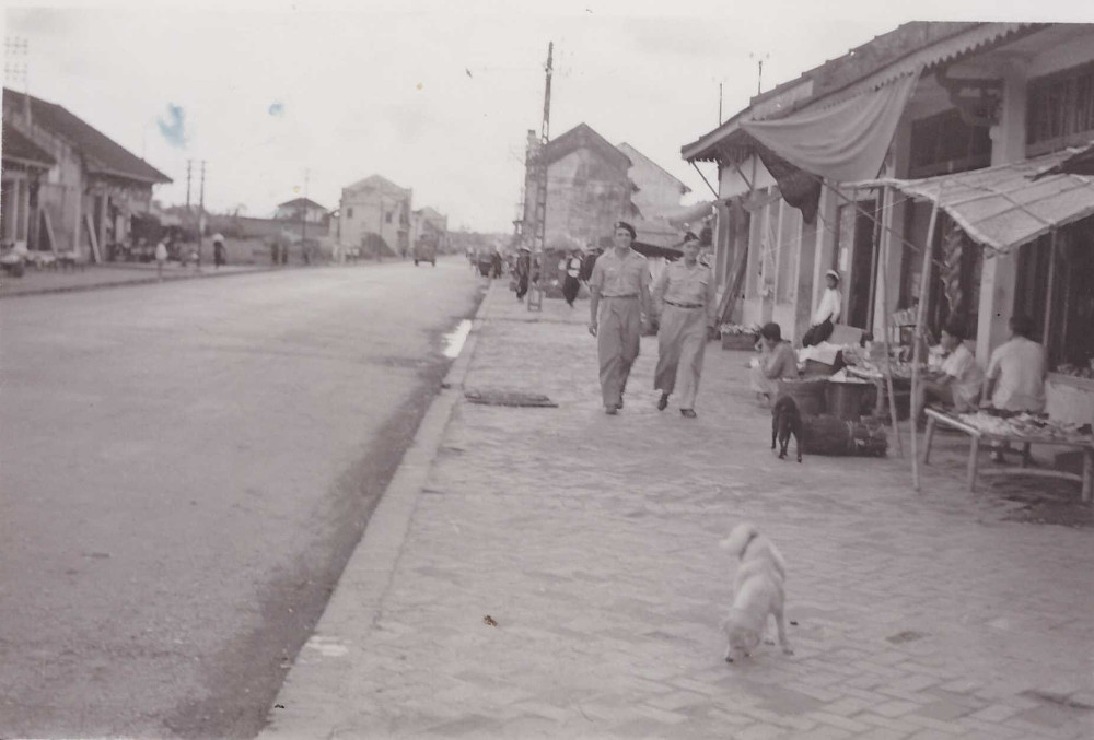 Đường phố ở thị trấn Gia Lâm.