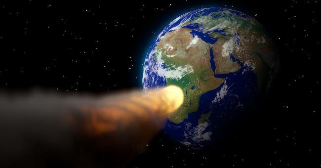 Tiểu hành tinh va chạm với Trái Đất