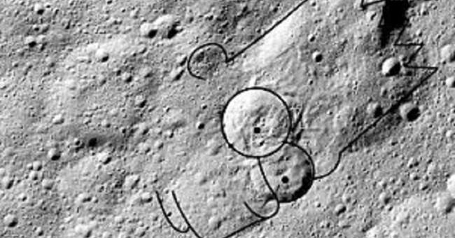NASA dự đoán rằng, có thể đang có một dòng chảy nước lỏng nào đó đang hoạt động mạnh dưới bề mặt Ceres