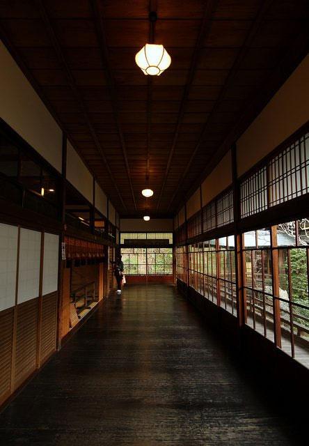 Hành lang chim chích ở Eikan-dō Zenrin-Ji.