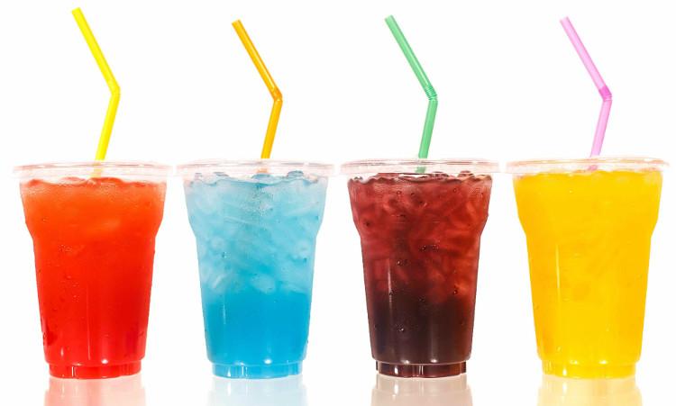 Uống nước ngọt không tốt cho người bị tiểu đường, nó có thể khiến tình trạng bệnh nặng thêm.