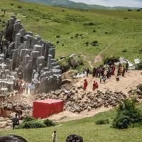 Các tập tục mai táng khác thường ở Tây Tạng