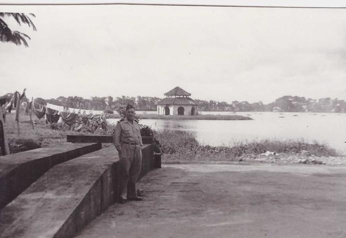 Một góc hồ Tây, Hà Nội năm 1950.