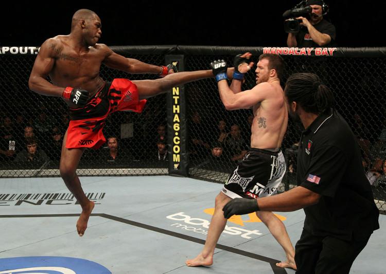 Lối đánh của võ sĩ MMA sẽ được vận dụng linh hoạt tuỳ theo tình huống.