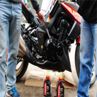8 mẹo giúp đi xe máy tiết kiệm xăng