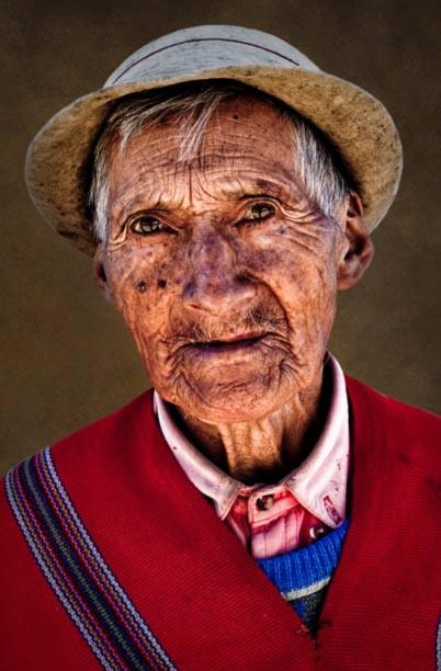 Chân dung một người đàn ông trên trăm tuổi ở Vilcabamba.