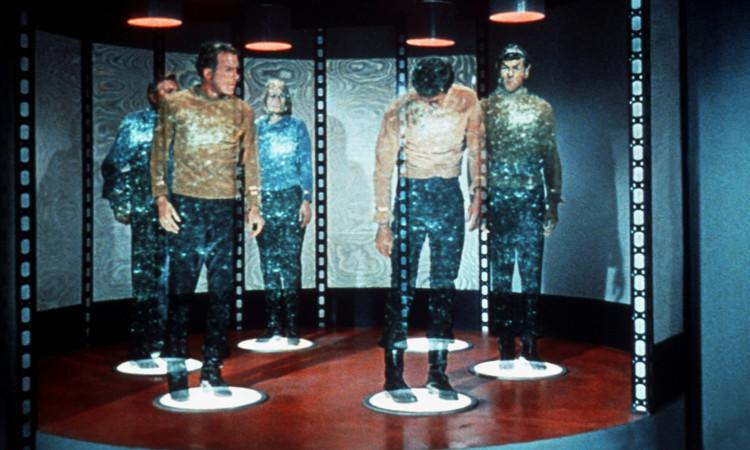 Máy viễn tải trong bộ phim khoa học viễn tưởng Star Trek.