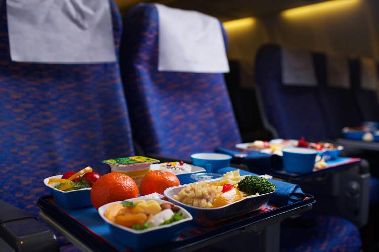Đôi khi máy bay không thể phục vụ tất cả những món bạn muốn.