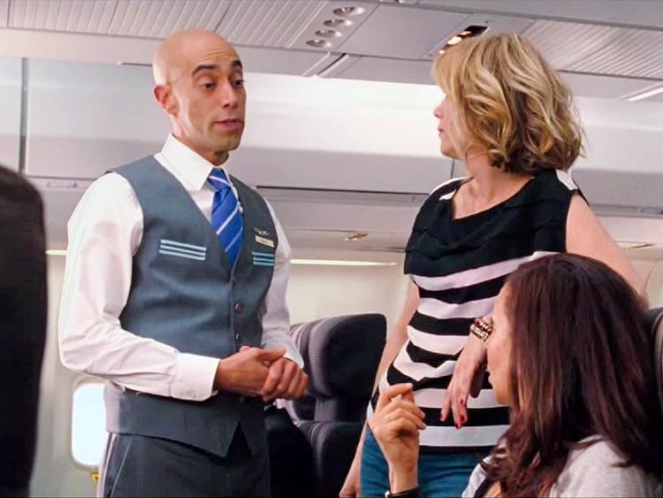 Như bạn biết, tiếp viên hàng không không bao giờ nặng lời với hành khách.