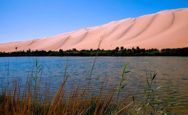 Ai mà ngờ được vùng đất này lại nằm giữa sa mạc.