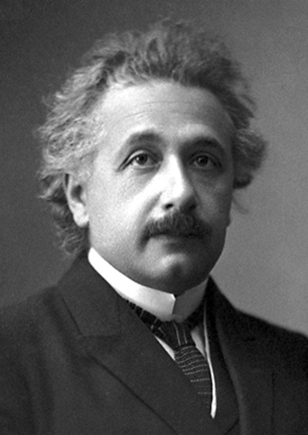 Albert Einstein sau khi nhận giải Nobel năm 1921.