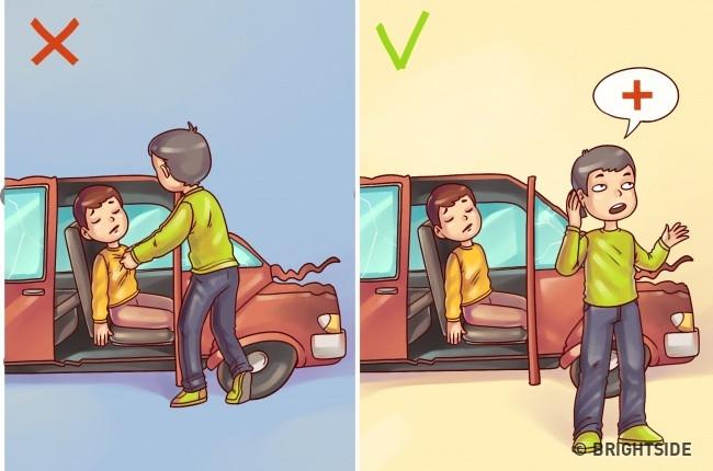 Đừng cố kéo nạn nhân ra khỏi xe gặp nạn mà gay gọi xe cứu thương, chờ bác sĩ cấp cứu.
