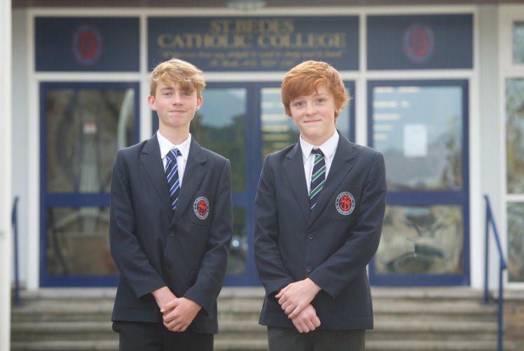 Michael Gowie và Liam Gormley học cùng lớp và cùng đạt IQ là 162.