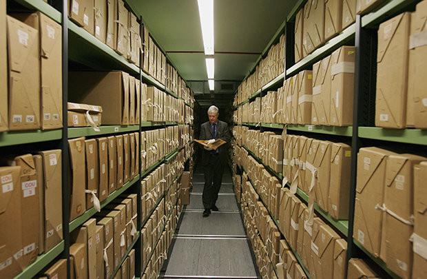 Những tài liệu mật này đã được cất giữ kín suốt 50 năm qua.