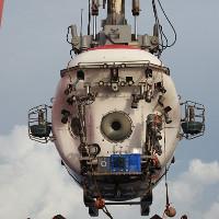 """Tàu lặn Trung Quốc bắt được """"thần dược tráng dương"""" ở độ sâu 4.800m"""