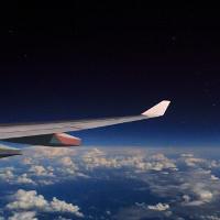 Vì sao máy bay phải bay cao hơn cả đỉnh Everest?
