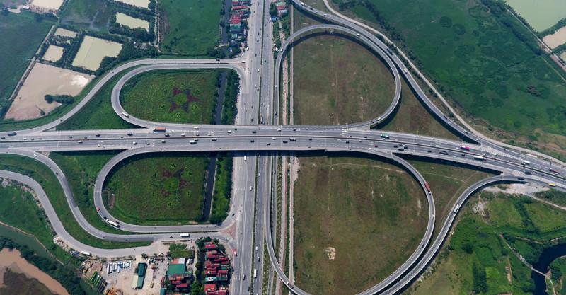 Nút giao Thanh Trì - quốc lộ 5 lớn nhất Hà Nội khánh thành tháng 10/2015.
