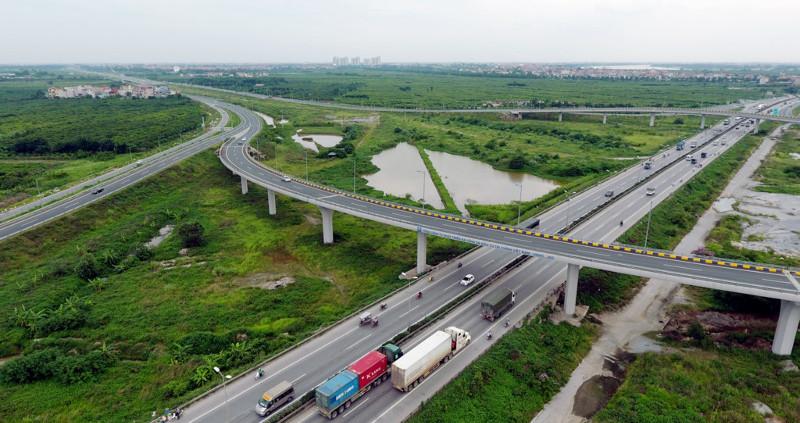 Dự án bao gồm gói thầu số 1 mở rộng quốc lộ 5 qua nút mặt đường rộng 60m