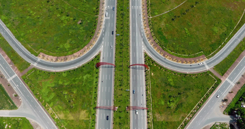 Tuyến đường mang tên Đại tướng Võ Nguyên Giáp dài 15km, rộng 70-100m.