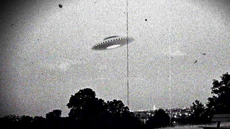 Hình ảnh đĩa bay (UFO) trong trí tưởng tượng của con người.