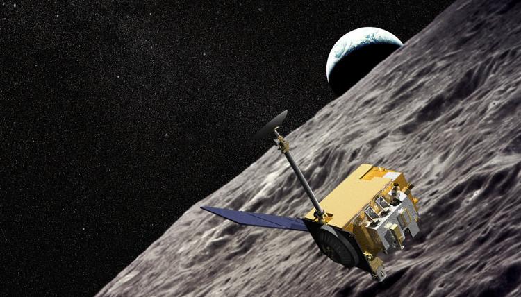 Tàu Lunar Reconnaissance Orbiter (LRO).