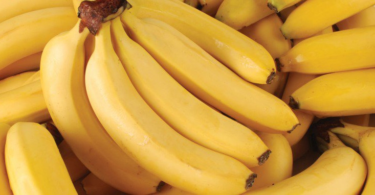 Chất xơ trong chuối giúp cải thiện tiêu hóa, giảm bớt trào ngược, ợ chua.