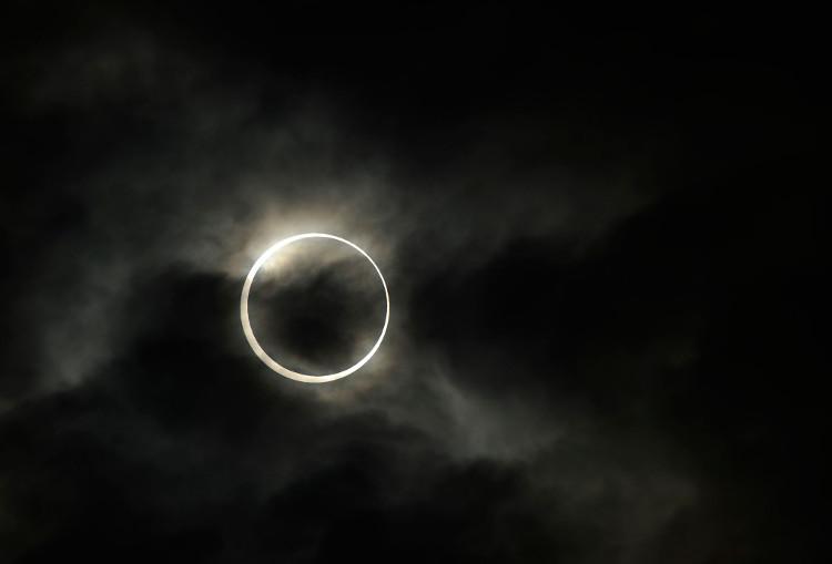 Nguyệt thực là 1 trong những sự kiện thiên văn dễ xem nhất.