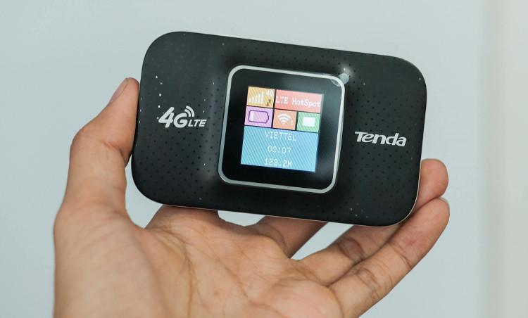 Bạn có thể sử dụng cục phát 3/4G để tạo điểm truy cập Wi-Fi cho smartphone và máy tính.