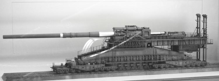 Khẩu siêu pháo lớn nhất thế giới Gustav