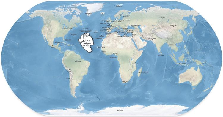 Theo Plato, Atlantis nằm ở Đại Tây Dương và đã chìm xuống đáy biển sau một trận động đất.
