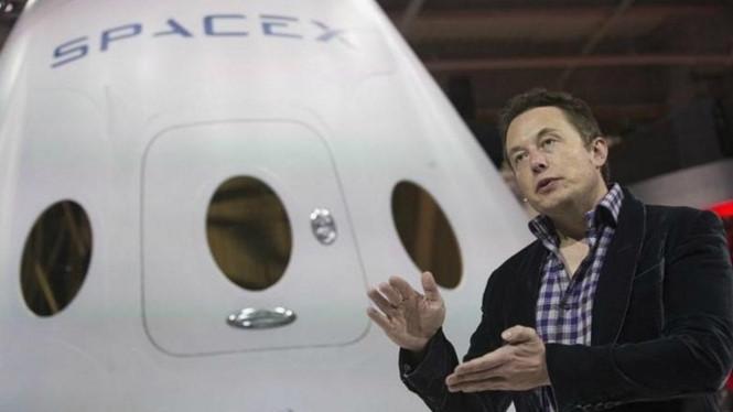 Elon Musk muốn tạo ra hai mặt trời nhỏ ở hai cực của sao Hỏa thông qua năng lượng hạt nhân.