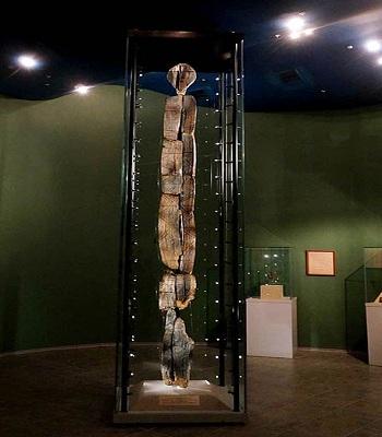 Tượng gỗ Shigir lâu đời nhất thế giới cao 5,3 m