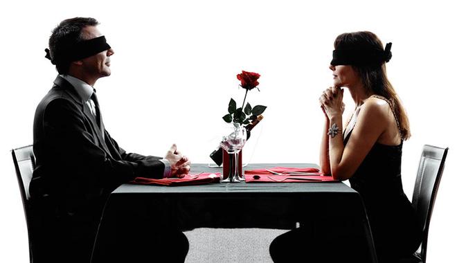 Các cuộc hôn nhân sắp đặt được cho là hạnh phúc hơn hôn nhân xuất phát từ tình yêu.
