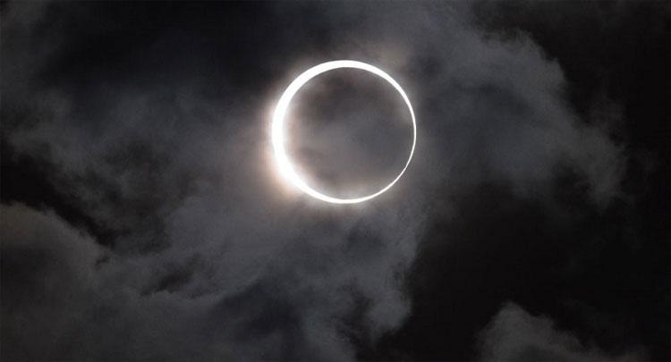 Các vết trên Mặt trời biến sẽ mất trong tương lai, điều này sẽ dẫn đến hiện tượng hạ nhiệt của ánh sáng.