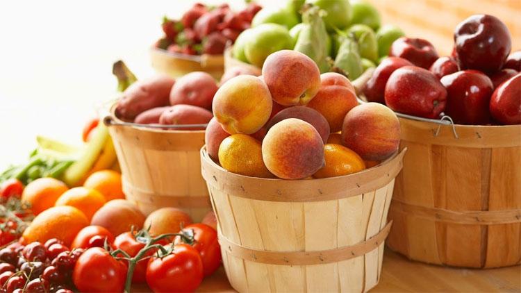 Mệt mỏi có thể là dấu hiệu cảnh báo bạn đang ăn quá ít rau, hoa quả.