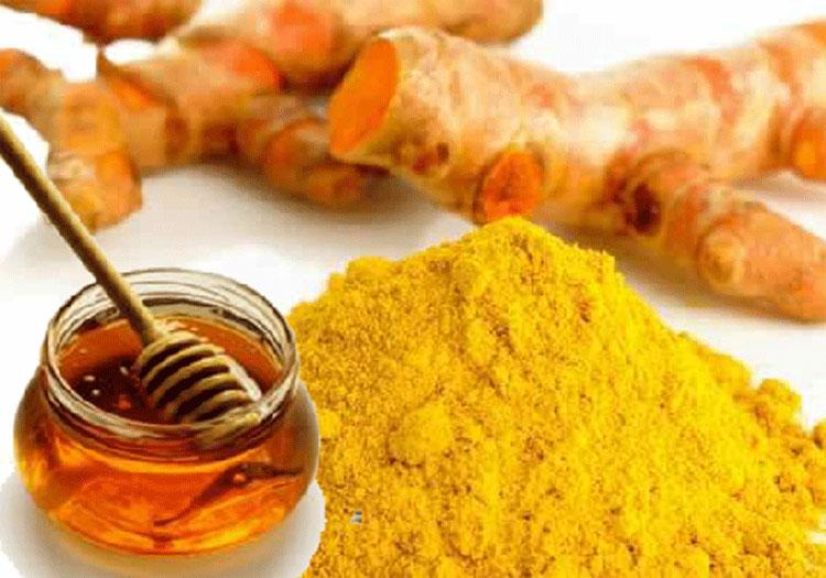 Dùng mật ong hoặc trộn với bột nghệ rồi thoa vào chỗ bị loét trong miệng.