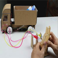 Video: Hướng dẫn làm xe tải thùng rời bằng bìa các tông