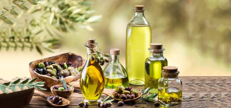 Dầu olive có nhiều công dụng tốt cho sức khỏe và có hàm lượng vitamin K dồi dào.