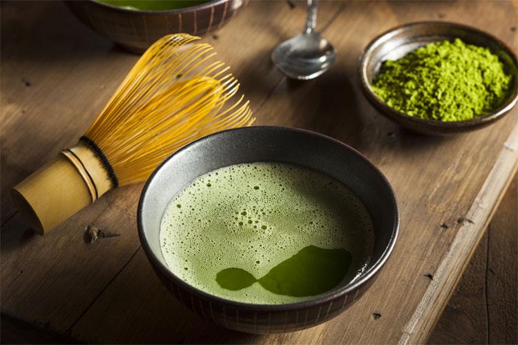 Matcha gây sốt không chỉ vì mùi hương thơm và vị ngon mà còn vì rất nhiều lợi ích cho sức khỏe.