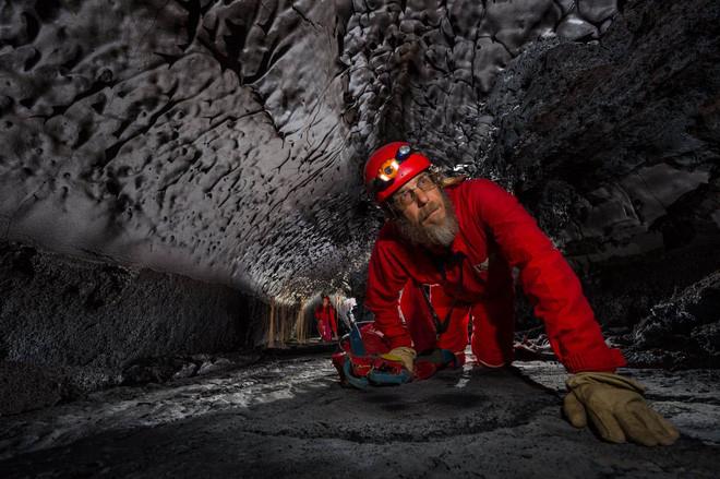 Nguồn gốc hình thành của các ống dung nham đến từ sự chênh lệch nhiệt độ.