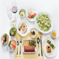 Suất ăn của hạng vé phổ thông và vé thương gia có gì khác biệt?