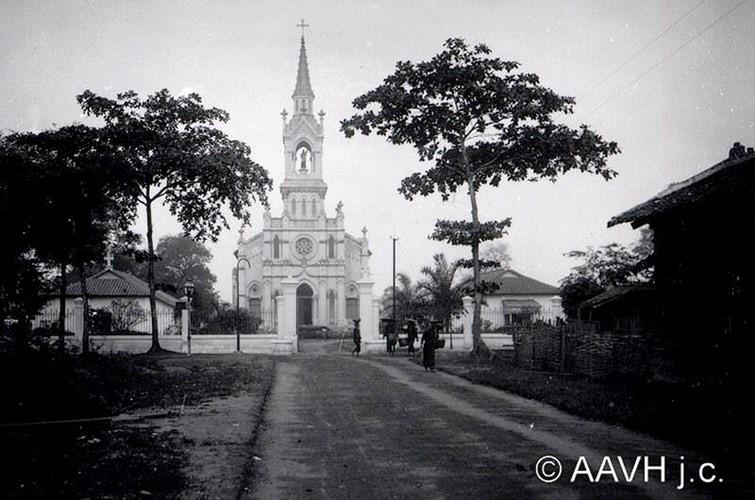 Nhà thờ Chợ Quán, nhà thờ cổ nhất Sài Gòn - Chợ Lớn năm 1904. (
