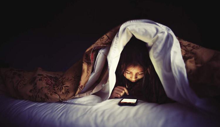 Thói quen đi ngủ 1 giờ mỗi tối sẽ tối ưu hóa tác dụng của giấc ngủ.