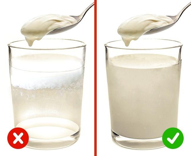 Sản phẩm kém chất lượng sẽ tạo ra các mảng vảy trắng nhìn như kết tủa.