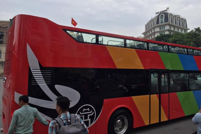 Mô hình xe buýt 2 tầng phục vụ du lịch sẽ được áp dụng tại Hà Nội và TP.HCM.