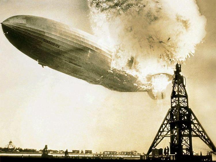 Thảm họa khinh khí cầu Hindenburg xảy ra ngày 6/5/1937 lấy đi sinh mạng của 35 người.