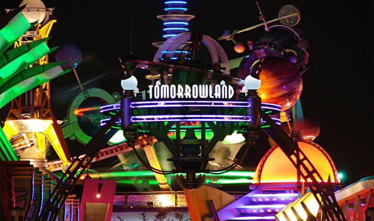 Khu chủ đề TomorrowLand tại công viên Magic Kingdom.